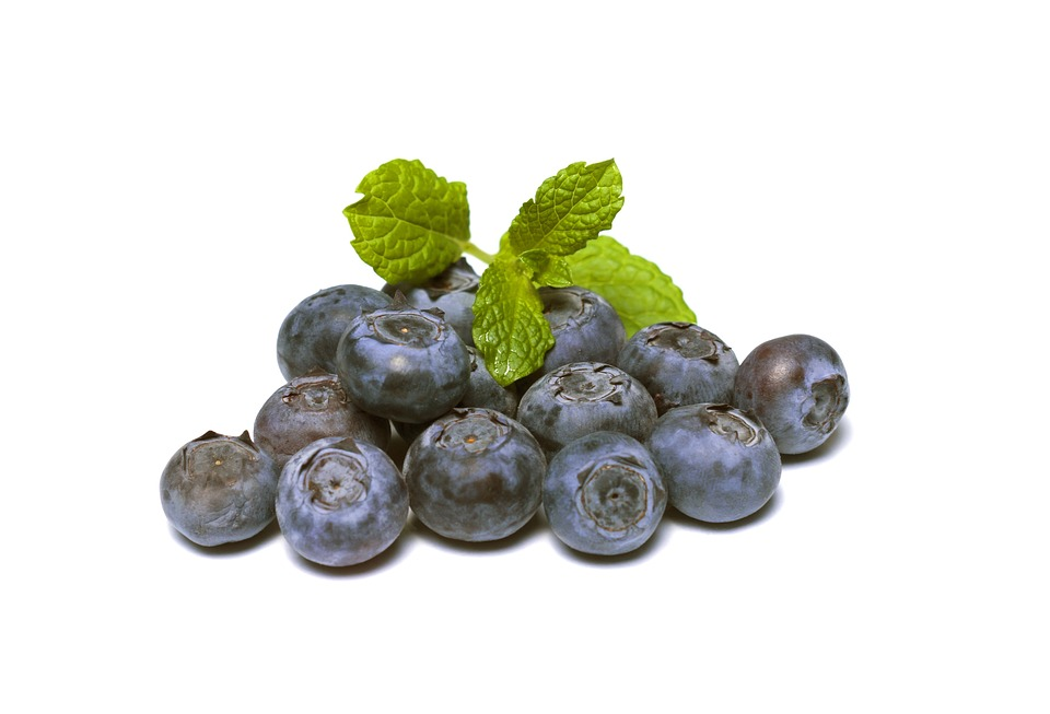Blueberries for glowing skin, fruits for glowing skin, fruits good for skin glow, what fruits are good for skin, which fruit is good for skin glow