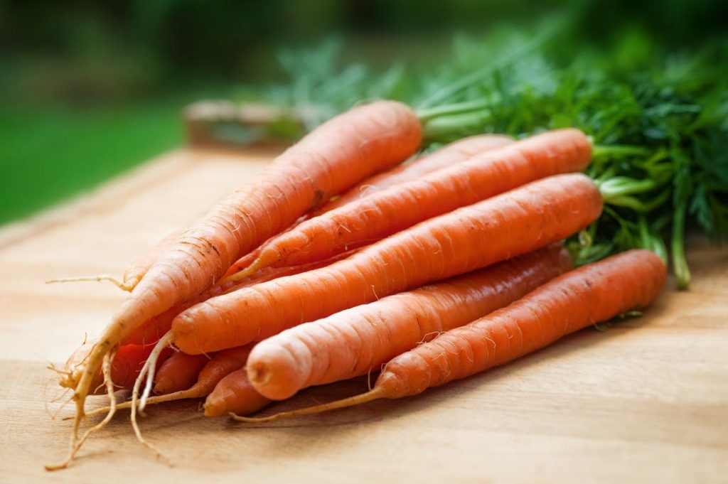 carrots, healthy hair, food for healthy hair