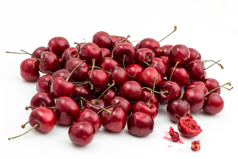 Cherries for glowing skin, fruits for glowing skin, fruits good for skin glow, what fruits are good for skin, which fruit is good for skin glow