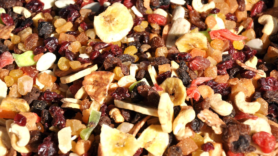 Dried Fruits to gain weight, Dried Fruits for weight gain, best foods to gain weight, foods to gain weight, healthy foods to gain weight fast, weight gain foods